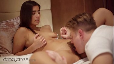 korean beauty show her beautiful pussy to all of you
