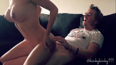 vanessa hell flushed breasts from wand orgasm